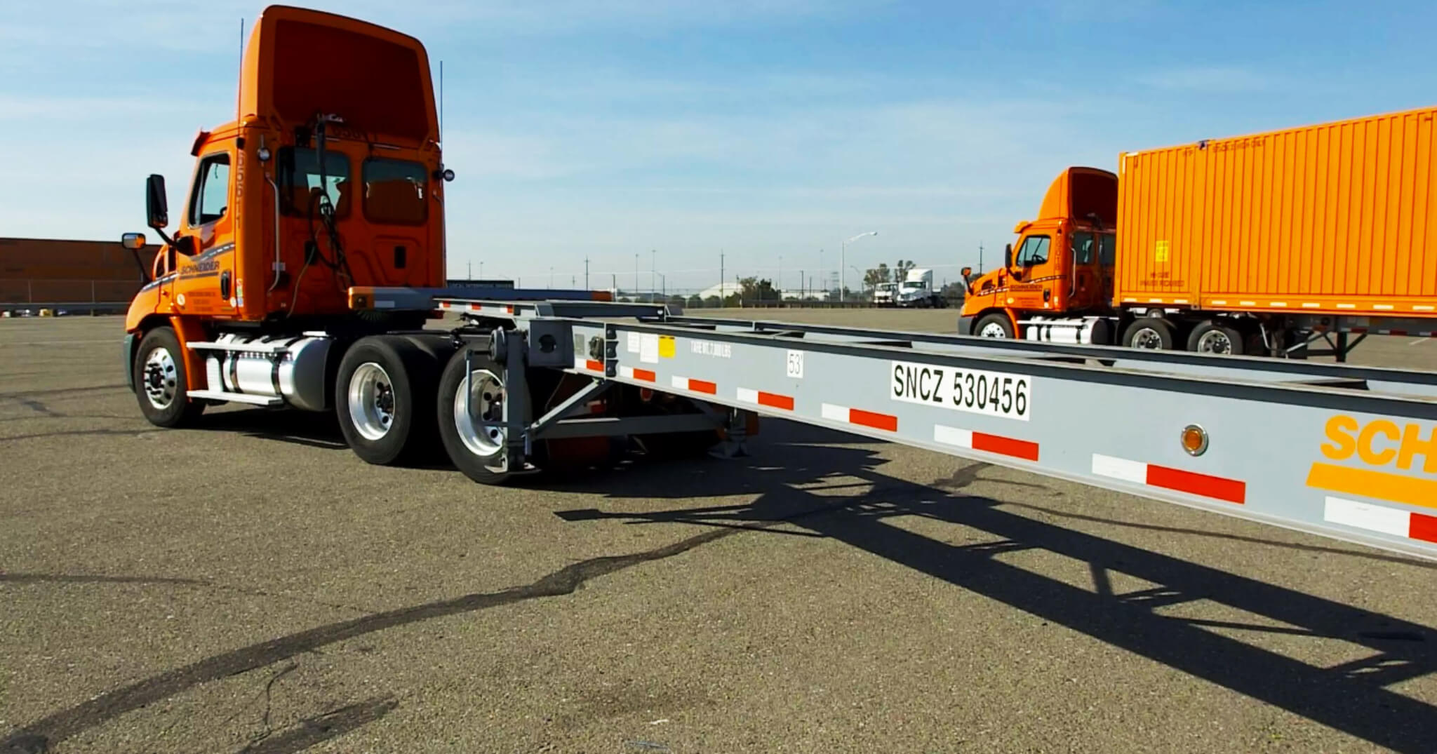 Why Trucking Companies Are Buying Their Own Chassis